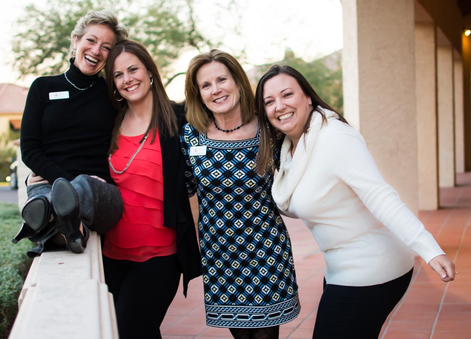 the leadership team of 100 women who care valley of the sun